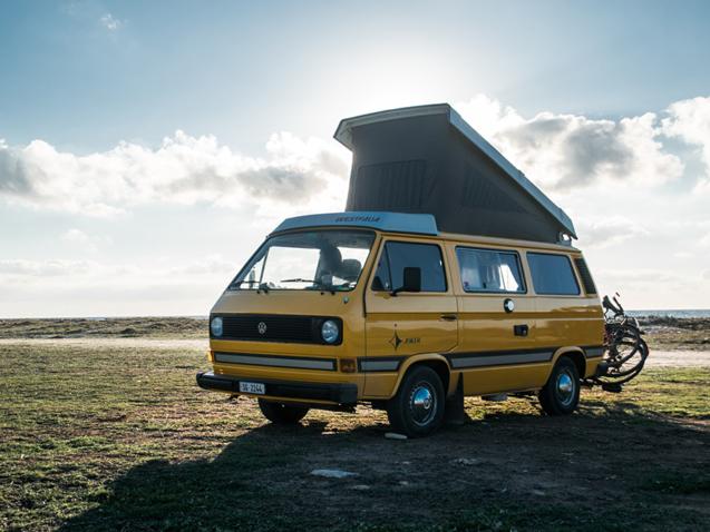 instalación-placa-solar-furgonetas-camperizadas-Madrid